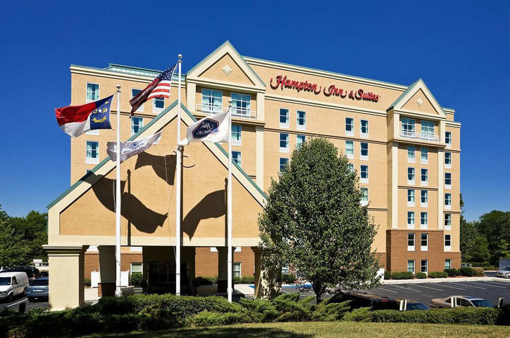 HAMPTON INN & SUITES CHARLOTTE -
