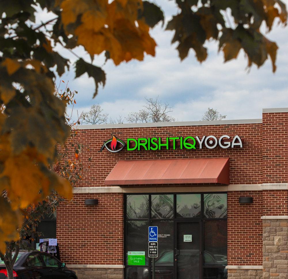 Drishtiq_Yoga_©2015_Steve_Ziegelmeyer-3097 (1).jpg