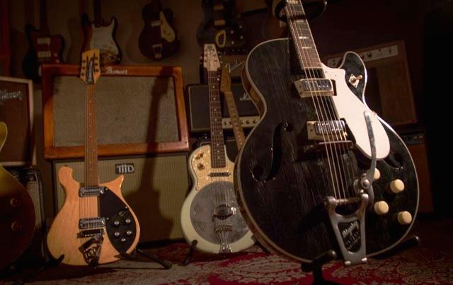 bigsby guitarIMG_7582.jpg