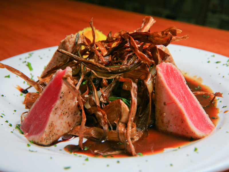 Pepper Crusted Seared Tuna
