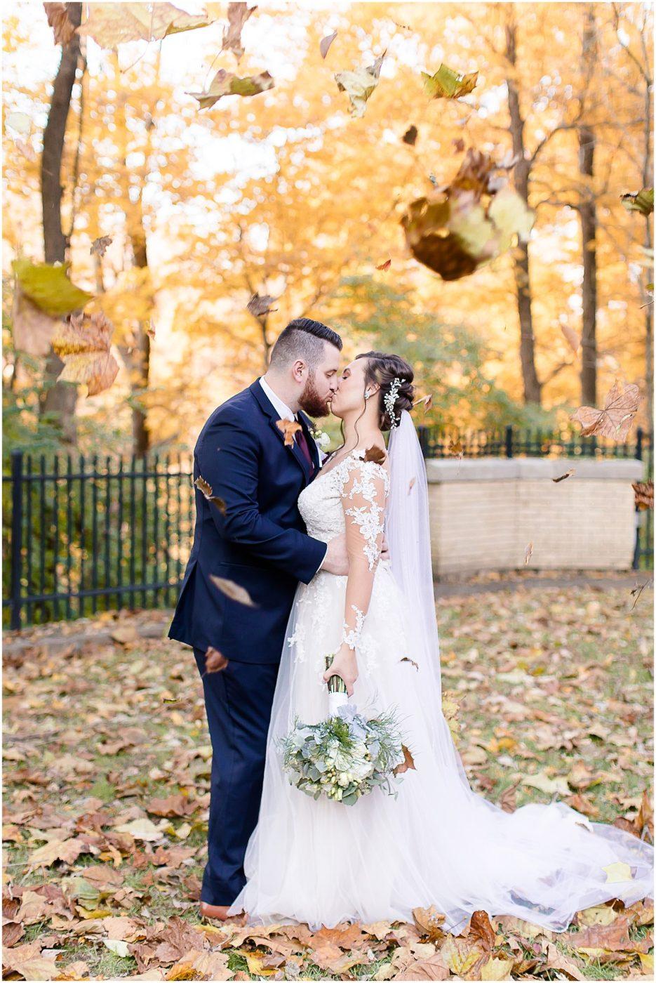 Elegant-fall-wedding-at-Laurel-Hall-Indianapolis-wedding-photographer_0054-935x1400.jpg