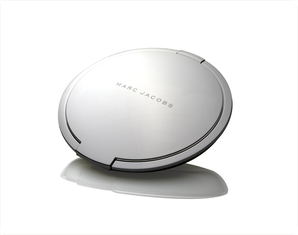 MASTER-Marc-Jacobs-Compact.jpg