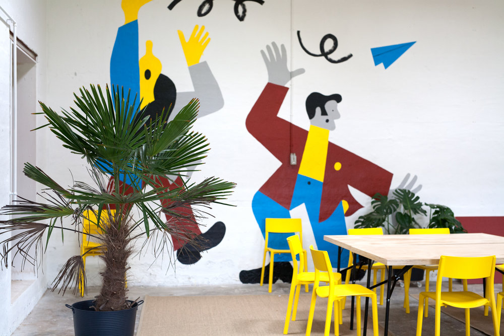 Rummet plante stole bord wallpiece.jpg