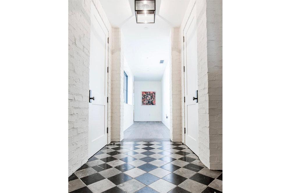 t_hallway_w.jpg