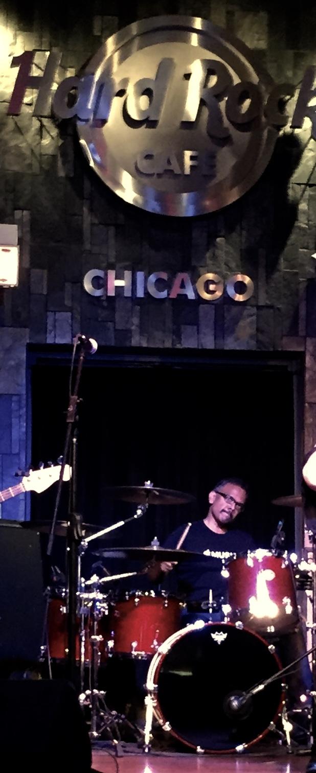 Live Band Karaoke. Hard Rock Cafe-Chicago, IL.