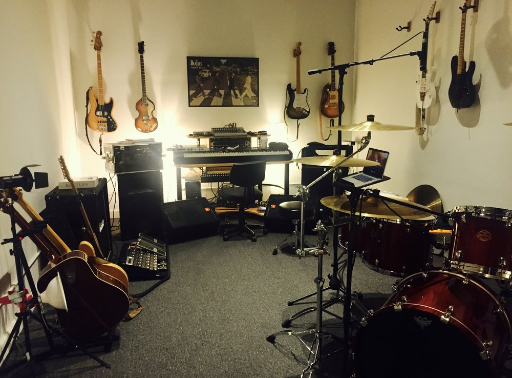 The Mothership. Where I play my bad notes. Fort Knox Studios, Chicago, IL
