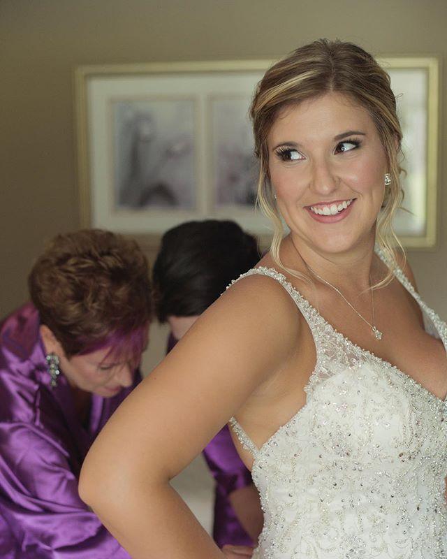Unforgettable moments shared with your special peeps.  Could it get any better? 💞 Make-up and Hair by:@glitzgalz  Photo: @tiedphotofilm • • • • #bride #bridesmaids #weddingmakeup #weddingphotography #weddinghair #mobile #mobilebeauty #bridalmakeup #bridalhair #mukokamakeupartist #muskokawedding #muskokaweddings #muskokaweddingplanner #newmarketmakeupartist #newmarketweddings #torontomakeupartist #torontoweddings #love #weddings #brideandgroom #engagementphotos #engaged #makeupandhair #ido #weddingday #bridegoals #girltribe #weddingvenue