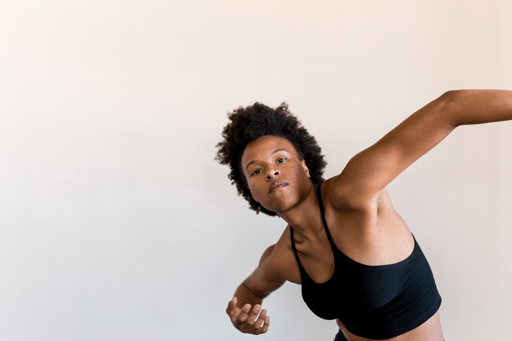 Courtney Lewis  Courtney  is from Baltimore, MD. She began her dance training at the age of 5 under the direction of Gloria Lang. Courtney studied as a scholarship student at The Ailey School and has participated in LAUNCH at Northwest Dance Project. She has been fortunate enough to work with many dance makers and instructors including Ana Marie Forsythe, Kevin Wynn, Milton Myers, Adrienne Hurd, Mook Dance Company, Alessandra Giambelli + Dancers, Omar Roman de Jesus + Dancers, and staibdance. In addition to dancing, Courtney is a certified Pilates instructor and an integrative wellness coach. Courtney joined kit modusin 2018.