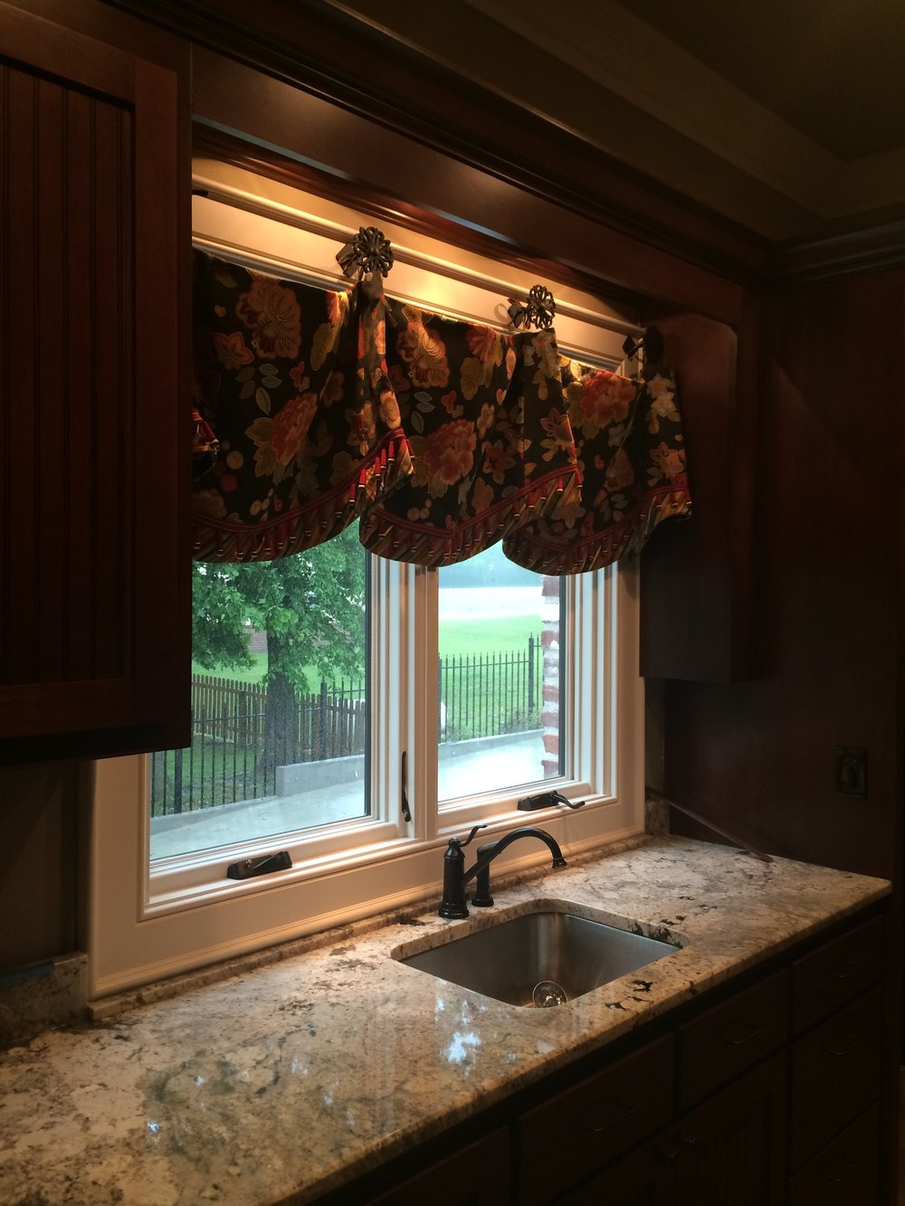 Laundry Room Valance