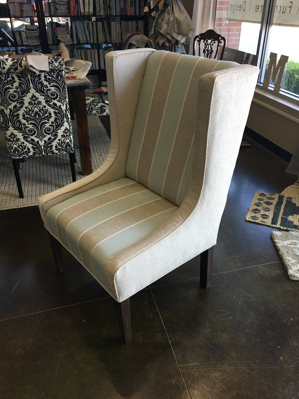 Head Dining Chair (Front)