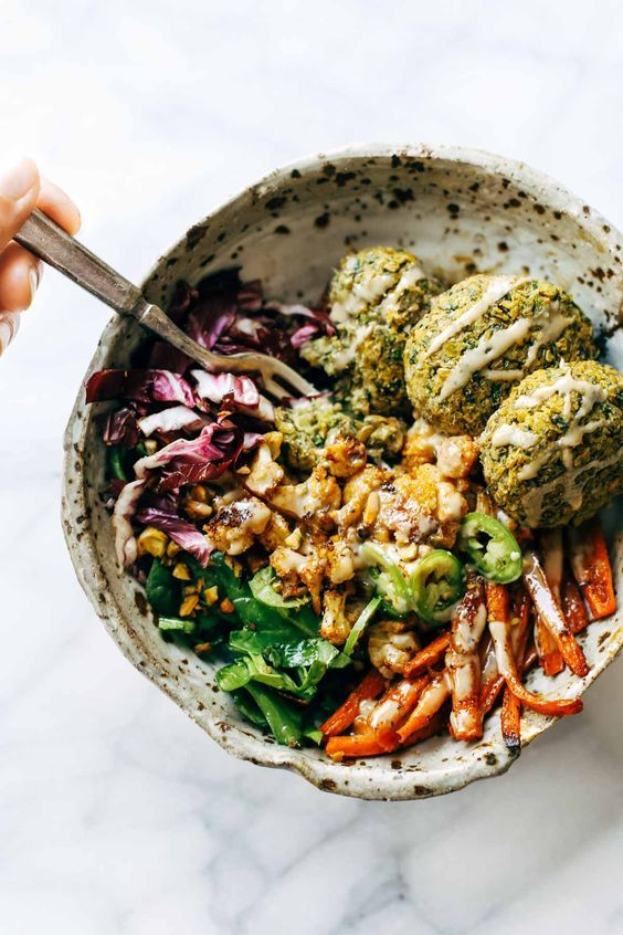 The Dragon Bowl AKA Bliss Bowl AKA Buddha Bowl. Image Source:  Pinch of Yum