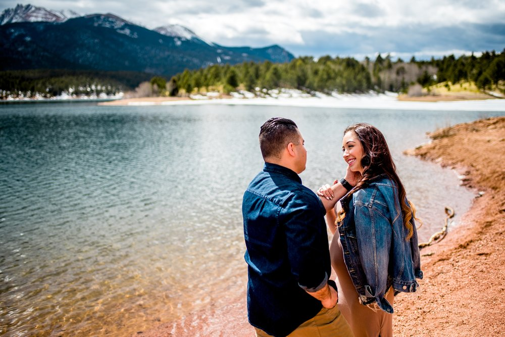Crystal Creek Reservoir Engagement Photos_0006.jpg