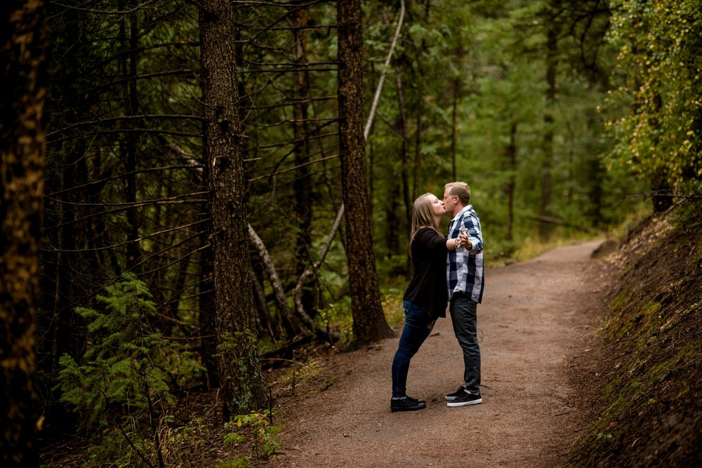 Flagstaff Mountain Engagement Photos_0005.jpg
