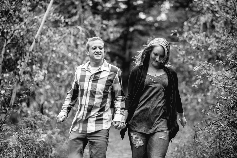 Flagstaff Mountain Engagement Photos_0009.jpg