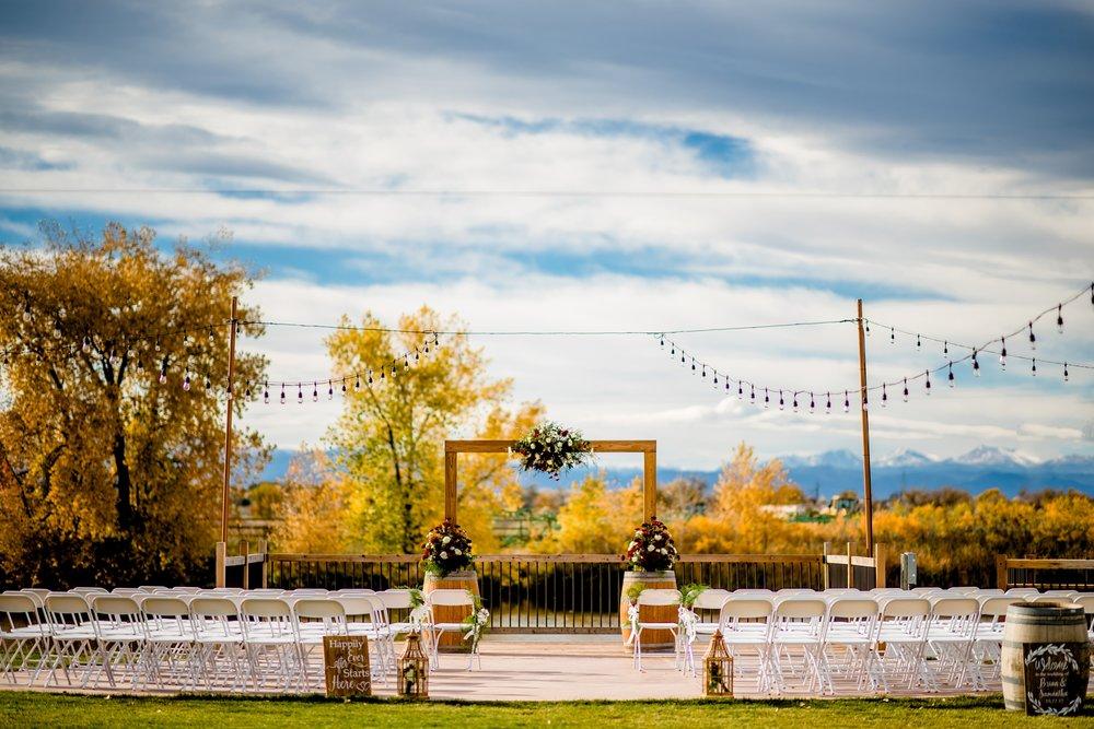 River Garden Winery Wedding_0005.jpg