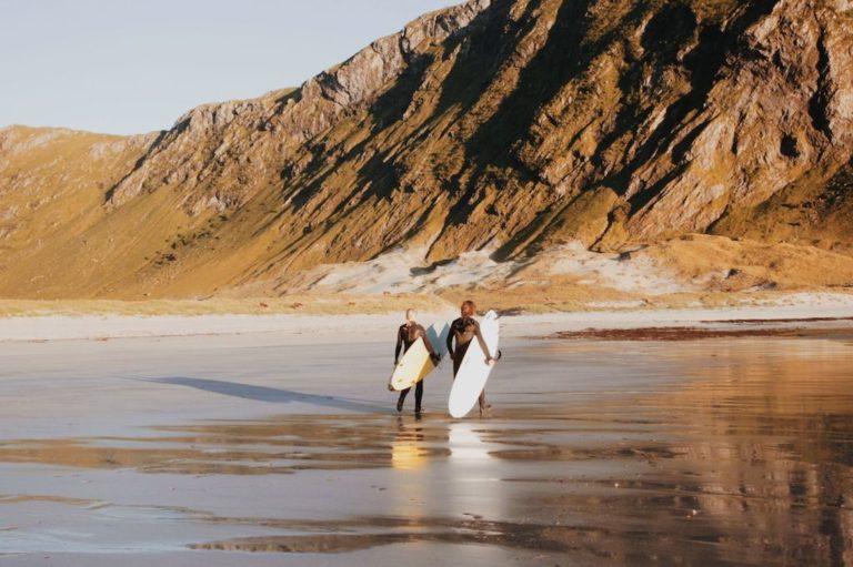 Romantic-Sunset-surf-in-Hoddevik-768x511.jpg