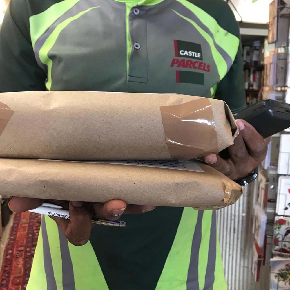 8.               - AUCKLAND DELIVERY: Our friendly courier driver from Castle Parcels scans in the parcels. They are tracked & delivered in 1 -2 days.