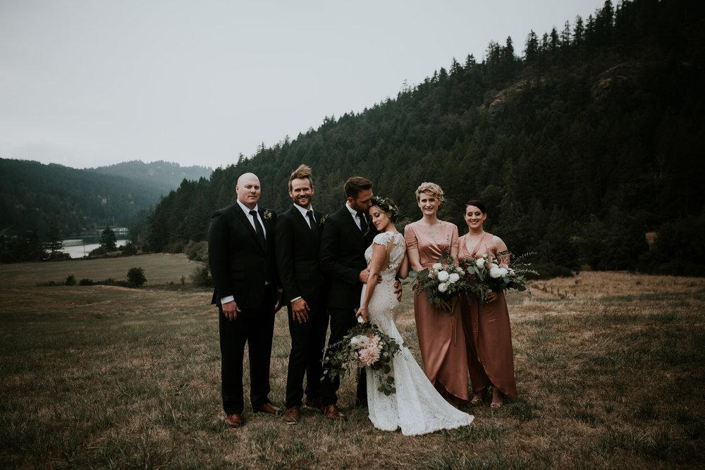 lindseyquinn_caitkennedy_wedding-1427.jpg