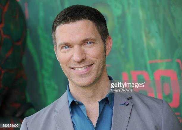 Grooming for Travis Knight