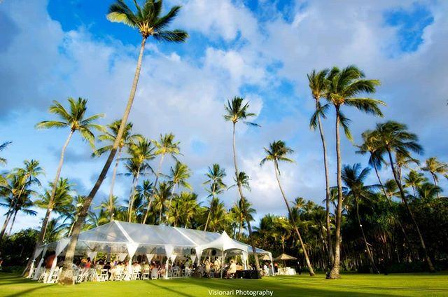 Get your FREE tickets to A Perfect Day's 2.19.19 workshop to learn important tips and information to plan an outdoor wedding and learn about industry caterers, rental companies, and specialty vendors!  Visit them at www.APerfectDayHawaii.com #WorkshopsByAPD  PC: @Visionari_photography