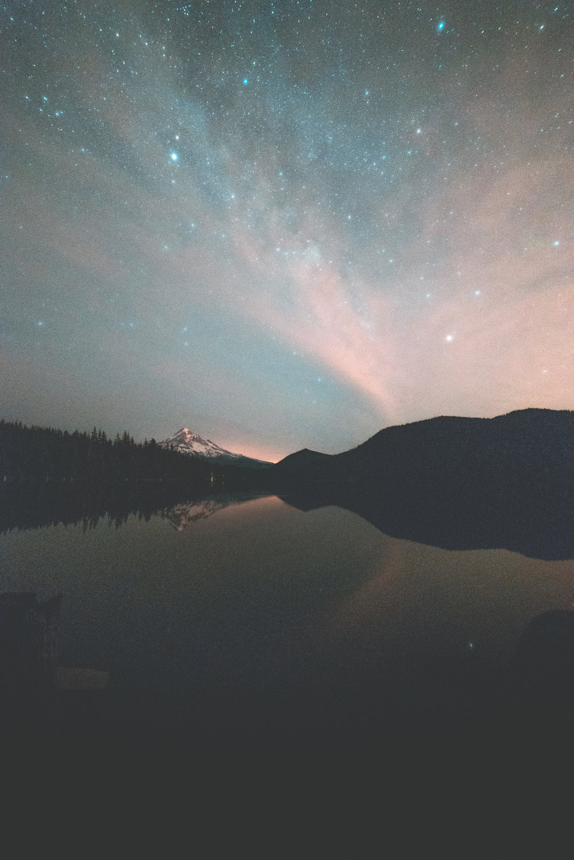 Nightscape at Lost Lake. 10:57 pm, ISO 6400, f/2.8, 20 sec.