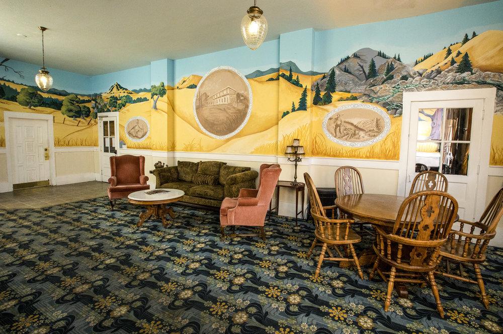 Hotel Leger 2017-0975-Edit.jpg