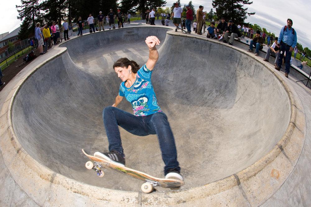 Ashley Anson grinds Glenhaven Skatepark's peanut bowl during opening day festivities. - April 27, 2007