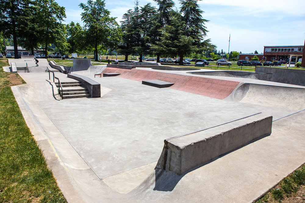With its varied terrain and open street course area, Glenhaven Skatepark is particularly welcoming for beginning skateboarders.