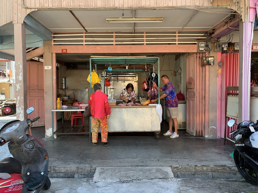 In SPK, the morning market & breakfast culture is brilliant. Nostalgic island life.