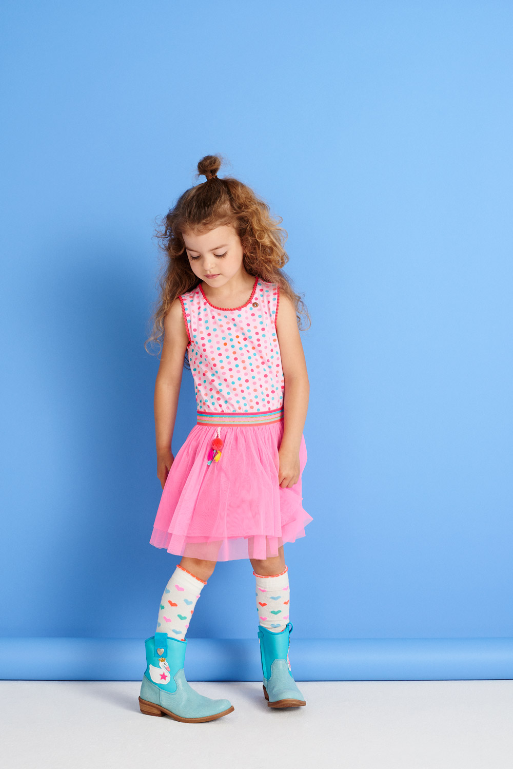 DRESS-843,-SOCKS-893,-BOOTS-945.jpg