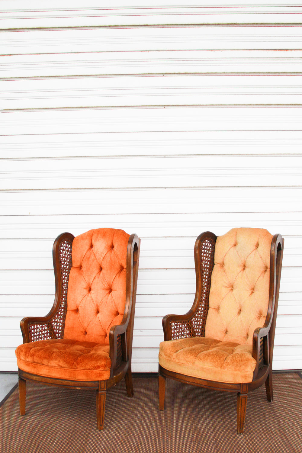 Honey Mustard Wingbacks