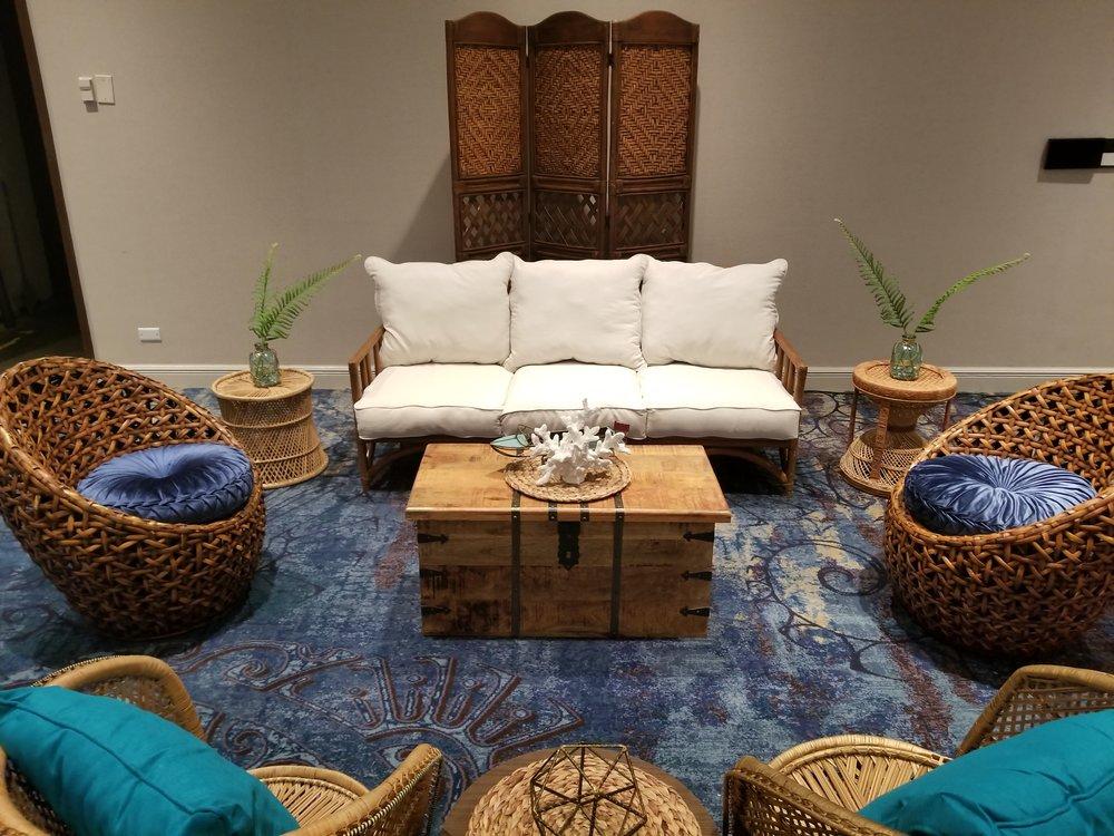 Tropical Blue Rattan Lounge 2