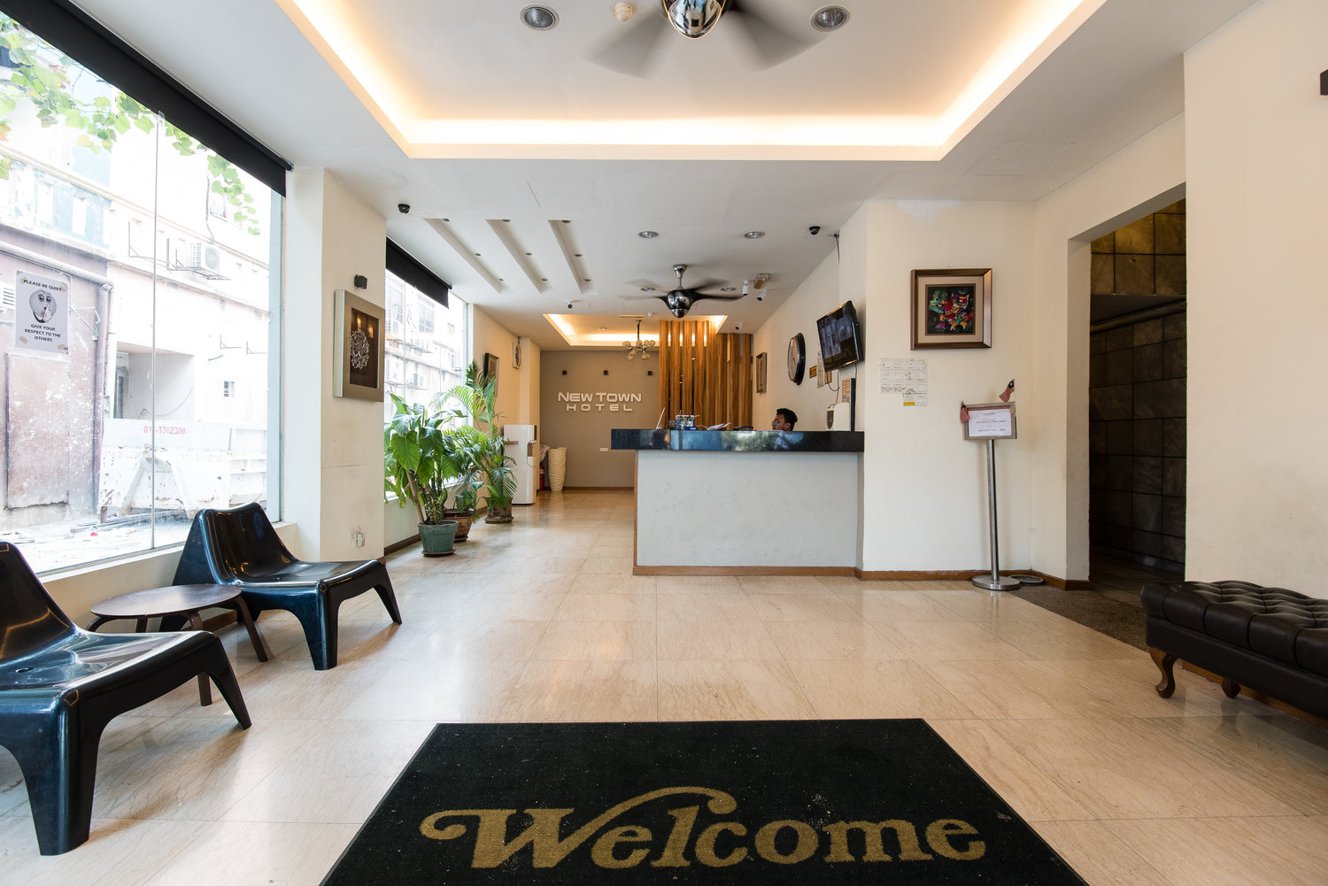 New Town Hotel 1056