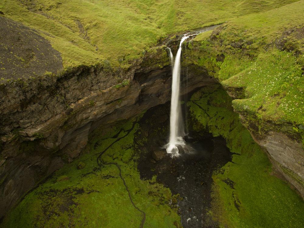 waterfall_drone2-1.jpg