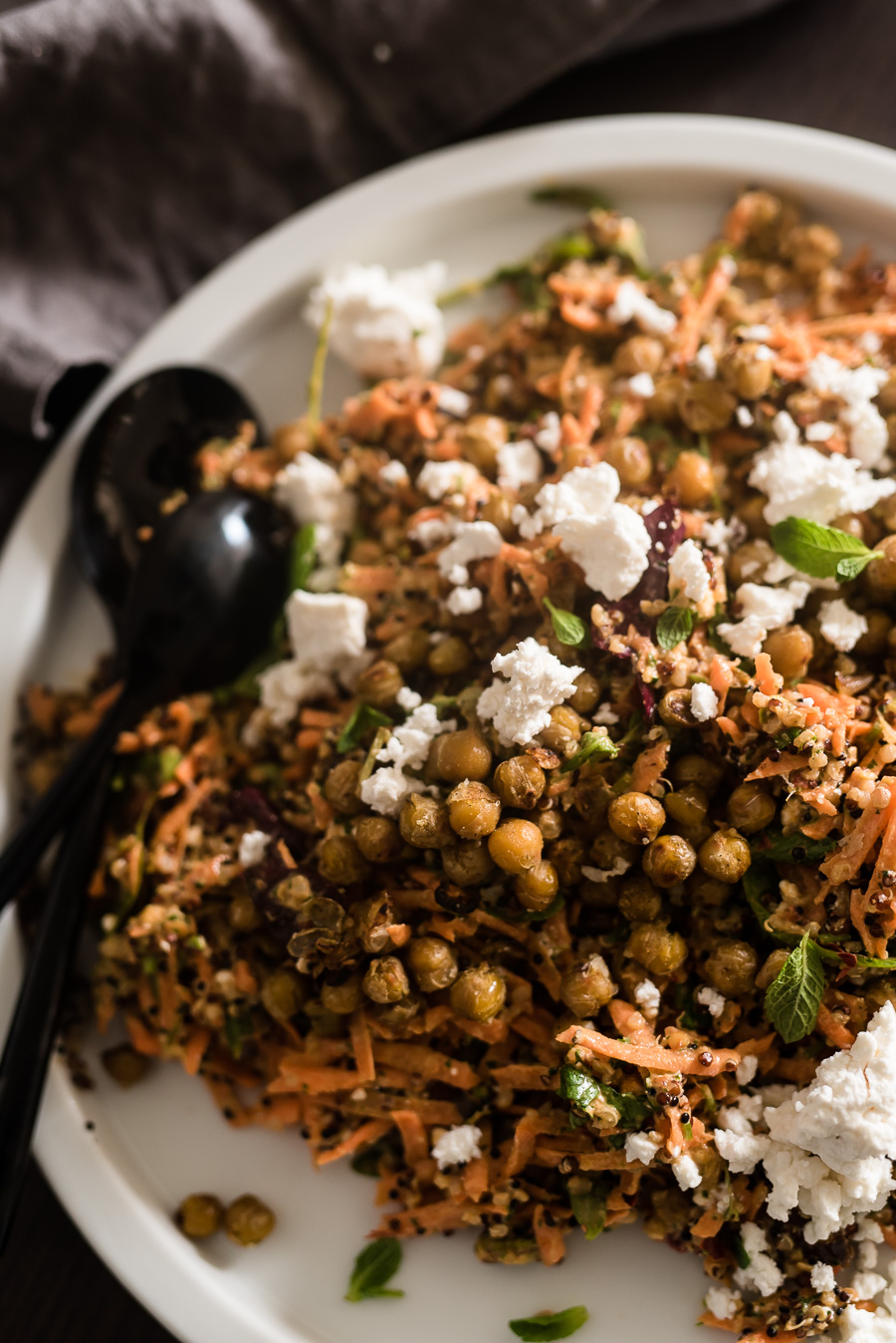 QUINOA CARROT SALAD WITH TAHINI-HARISSA DRESSING AND ZA'ATAR CHICKPEAS