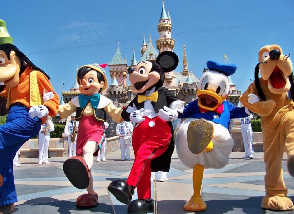 Disneyland-photo.jpg
