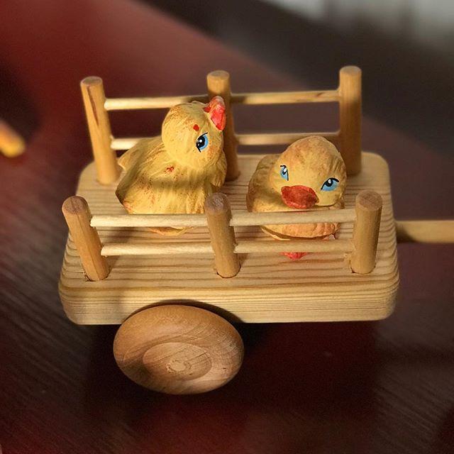 Takk for en flott påske på Røed! 💛🐣💛 #drengestua #røedpåjeløy