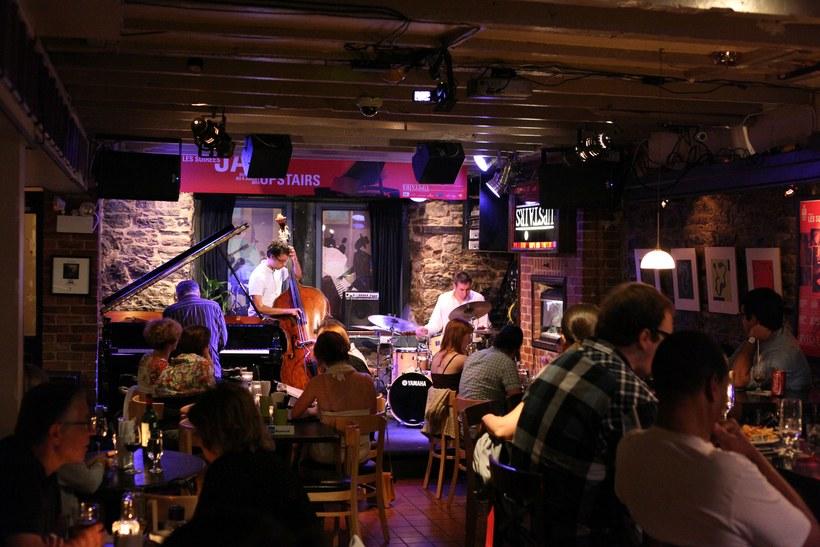 Upstairs Jazz Bar & Grill