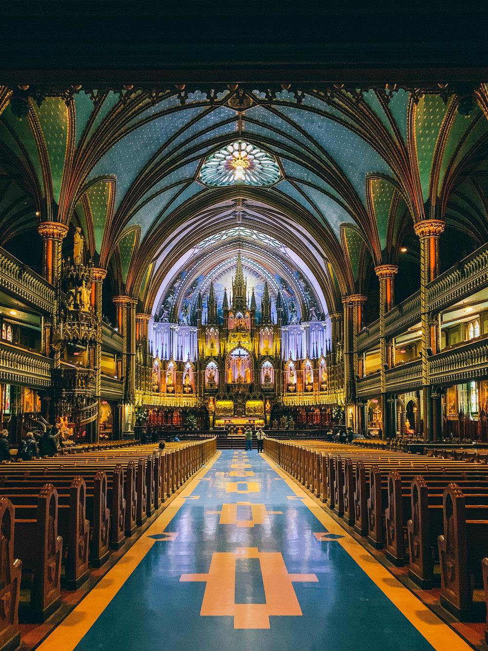 Notre Dame Inside-1.jpg