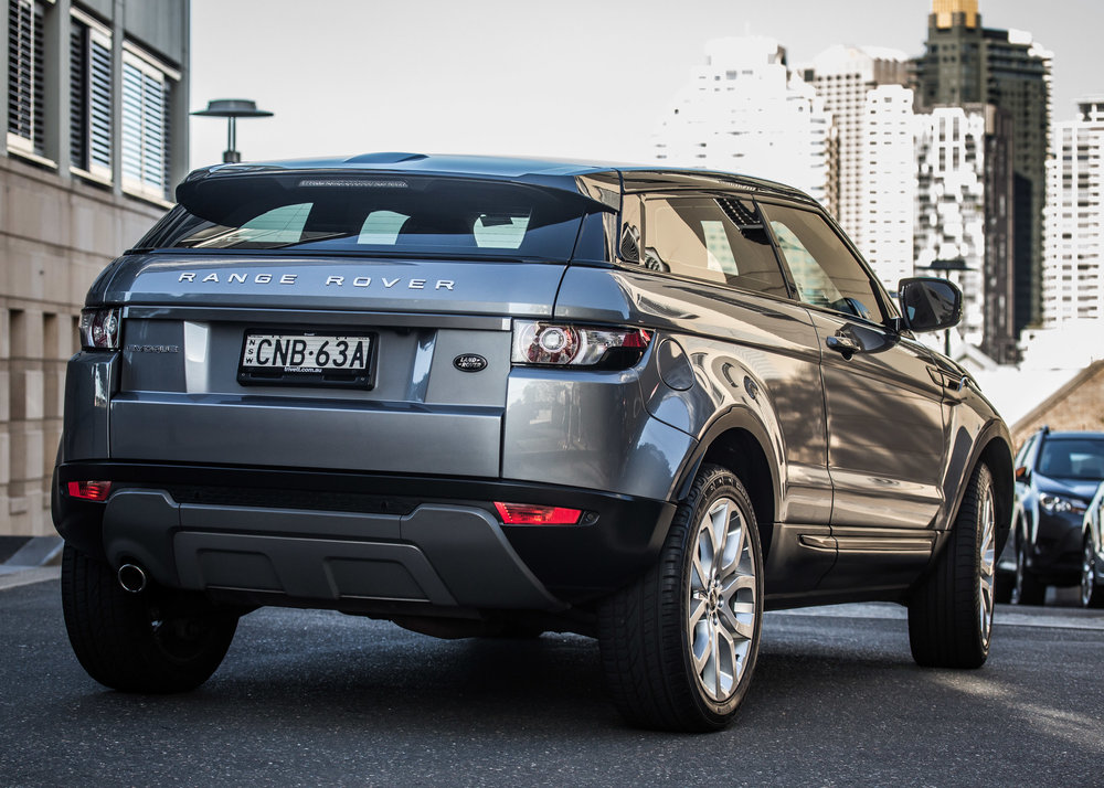 Land_Rover_Sale-3.jpg