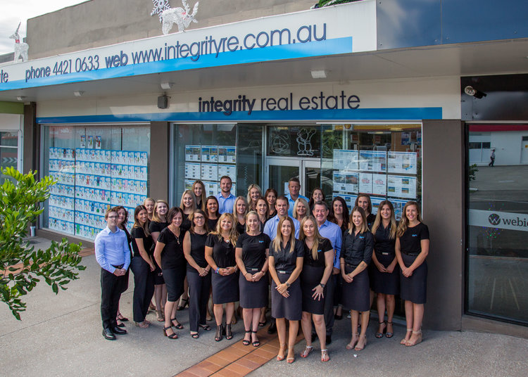 Samuel white photography integrity nowra headshots integrity real estate nowra portraits 1g reheart Image collections