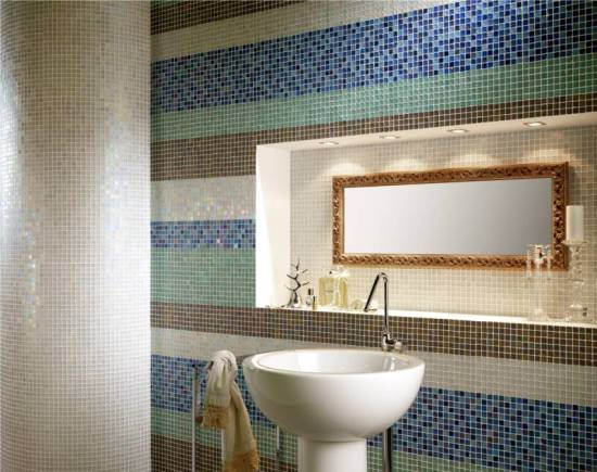 glass tile stripes in a bathroom