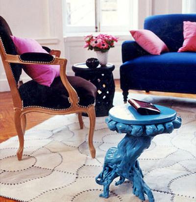 navy blue & black & pink living room