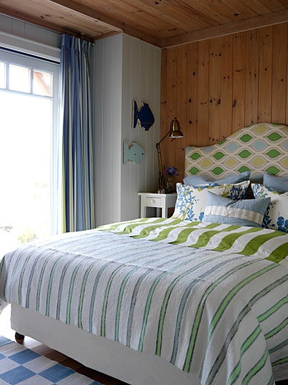 sarahs-cottage-guestroom-west-image1