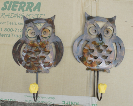 owl hooks prepped for spray painting
