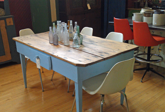 blue base farm table