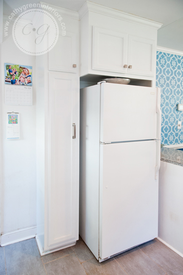 white kitchen refrigerator
