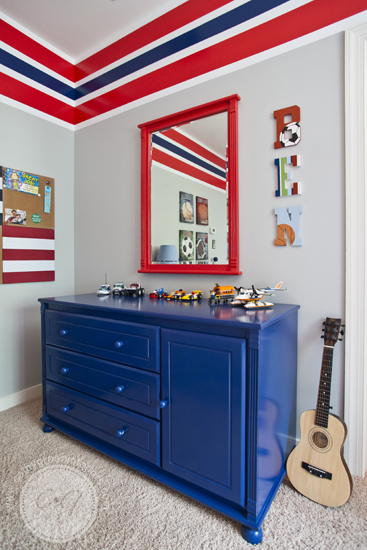 navy and red boys bedroom dresser