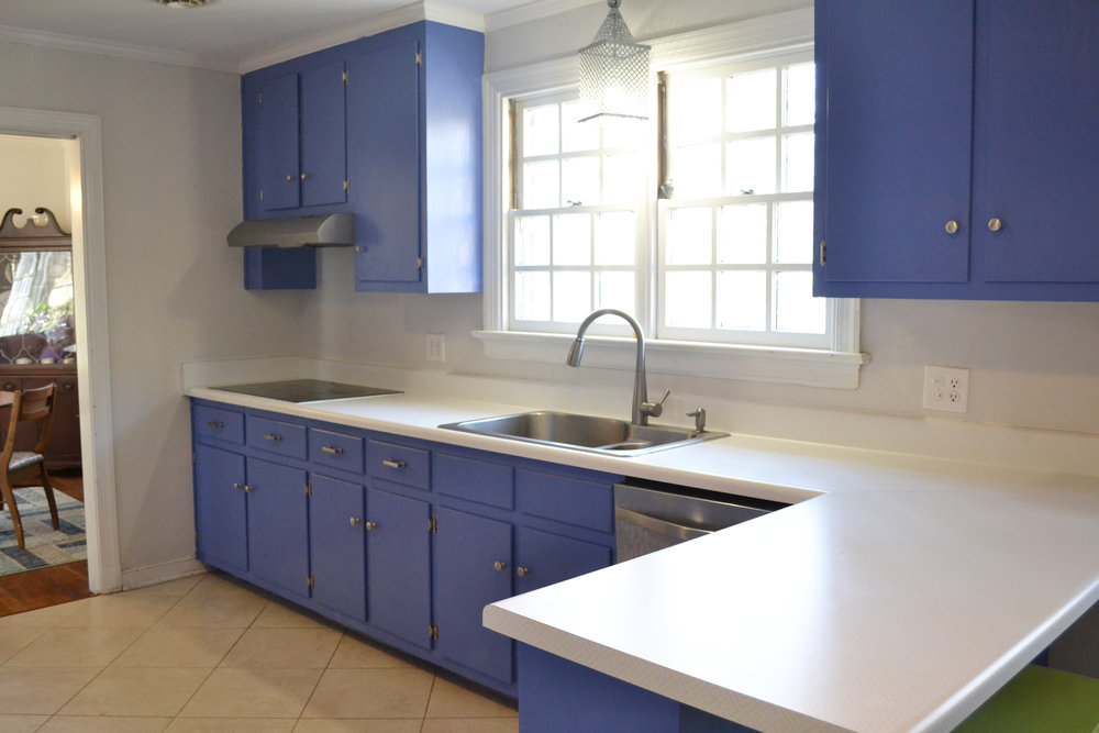 french blue kitchen.jpg