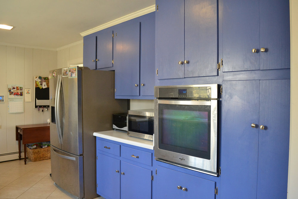 french blue kitchen3.jpg